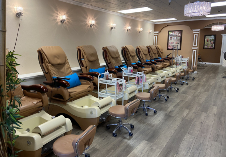 Charming Beauty salon for sale in Pleasant Hill shopping center